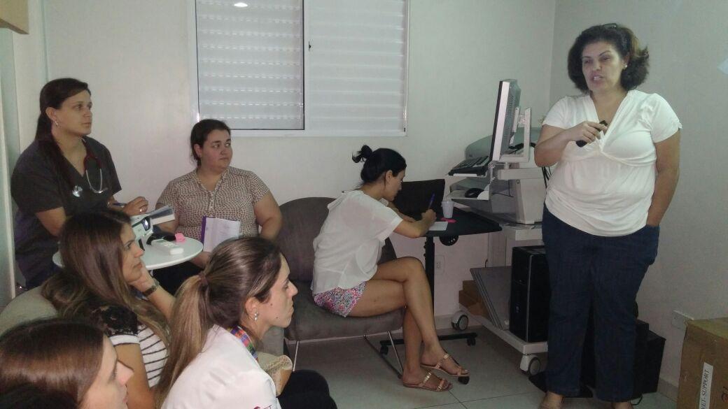 """24/04 - Treinamento interno de """"Ventilação Mecânica"""", com a Fisioterapeuta Pediátrica Viviane Salgado."""